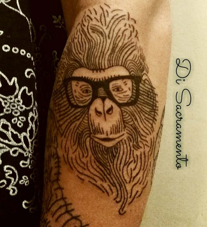 Tatuagem de Macaco no Braço